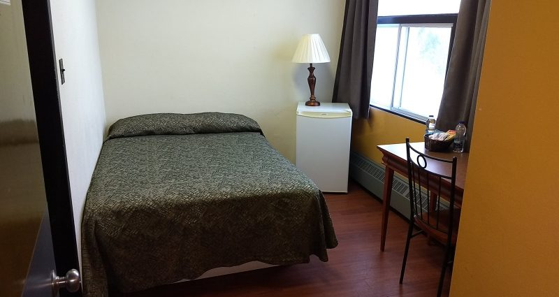 Single Bedroom With Private Bathroom 1 Double Bed